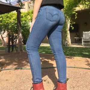 Levi's 710 skinny jeans